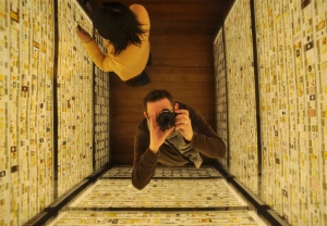 Museum dad selfie in walk-in light box
