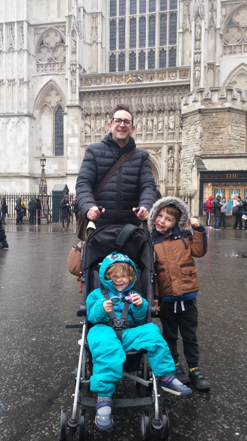 14 tips for visiting Westminster Abbey with young kids